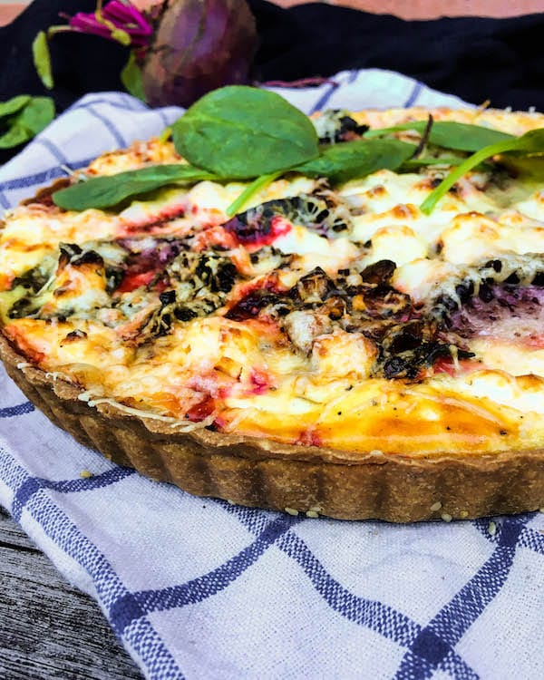 roasted-beet-spinach-goat-cheese-quiche-4