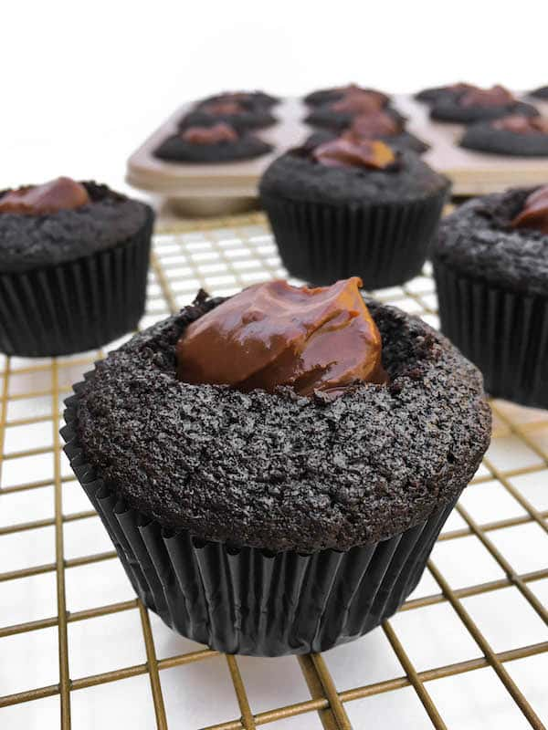 brooklyn-blackout-pudding-cupcake