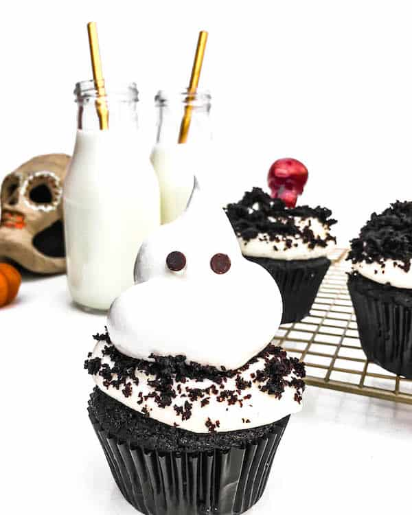 ghost-meringue-cupcakes-recipe