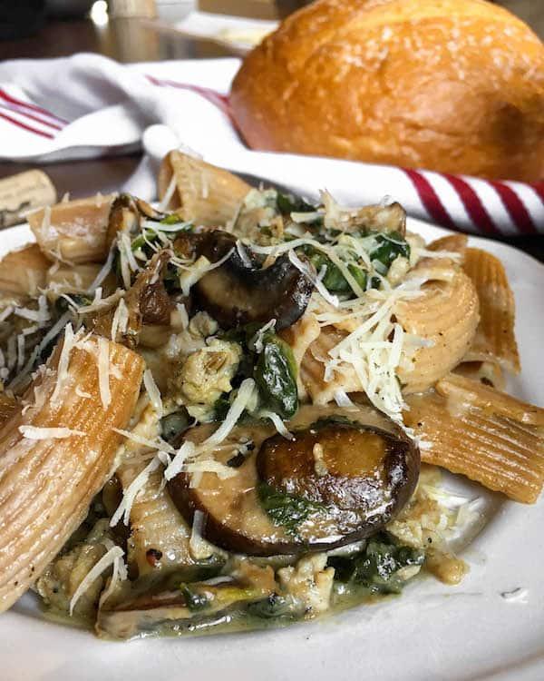 mushroom-sausage-pasta