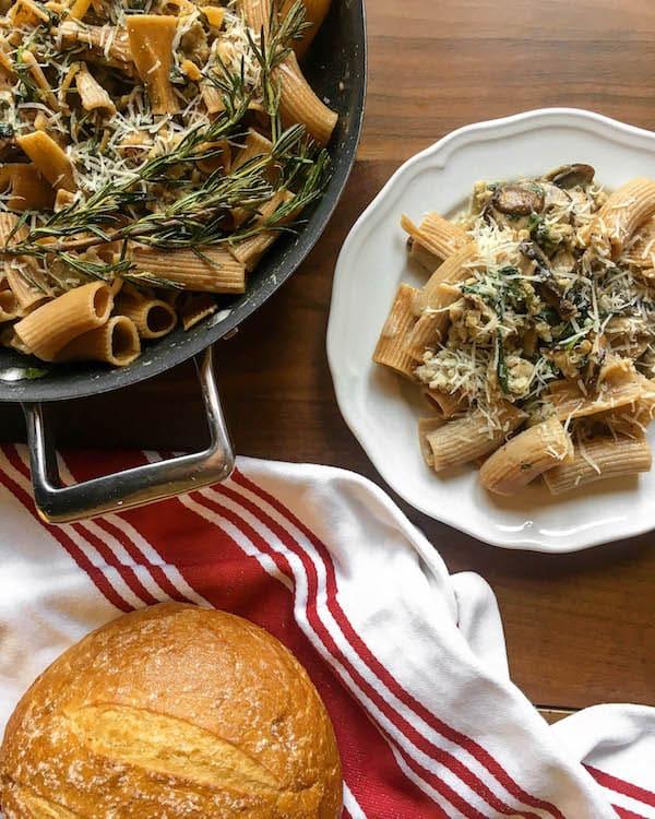 sausage-spinach-mushroom-pasta
