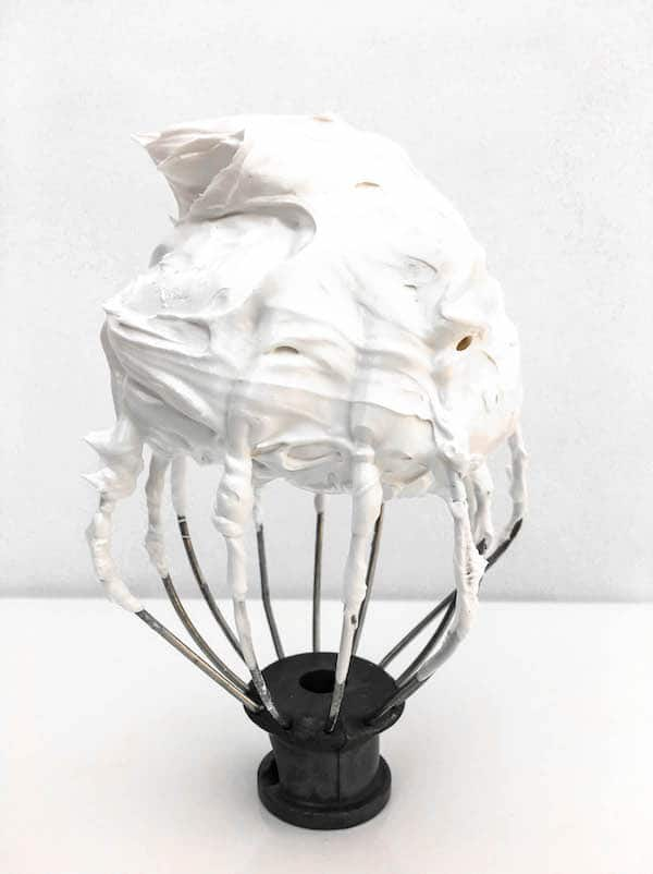 swiss-meringue-ghosts