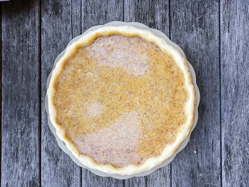 fresh-traditional-pumpkin-pie