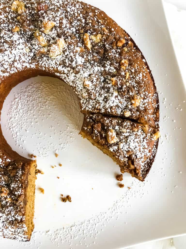 Good food recipes » Cinnamon-walnut bundt cake recipe