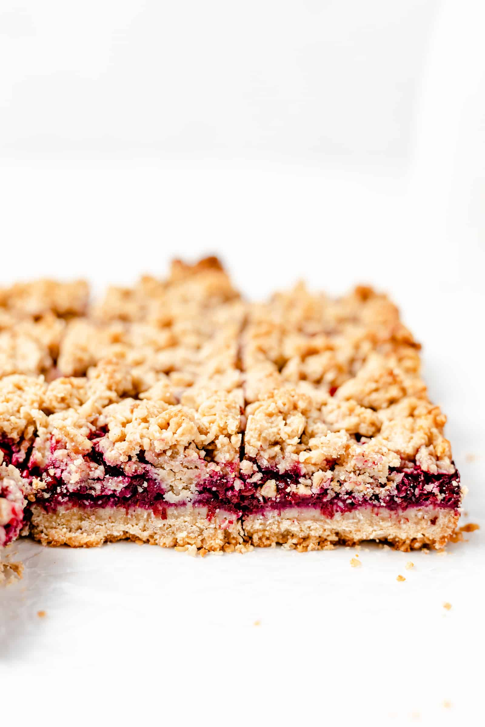 vegan blackberry oat crumb bars