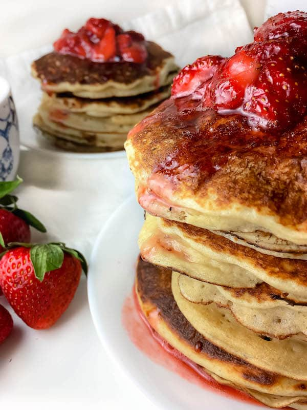 Healthy Strawberry Syrup Pancakes