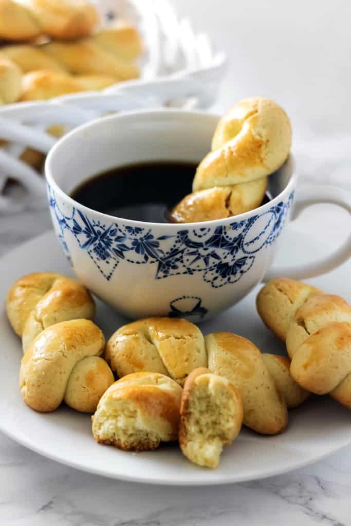 koulourakia greek butter cookies