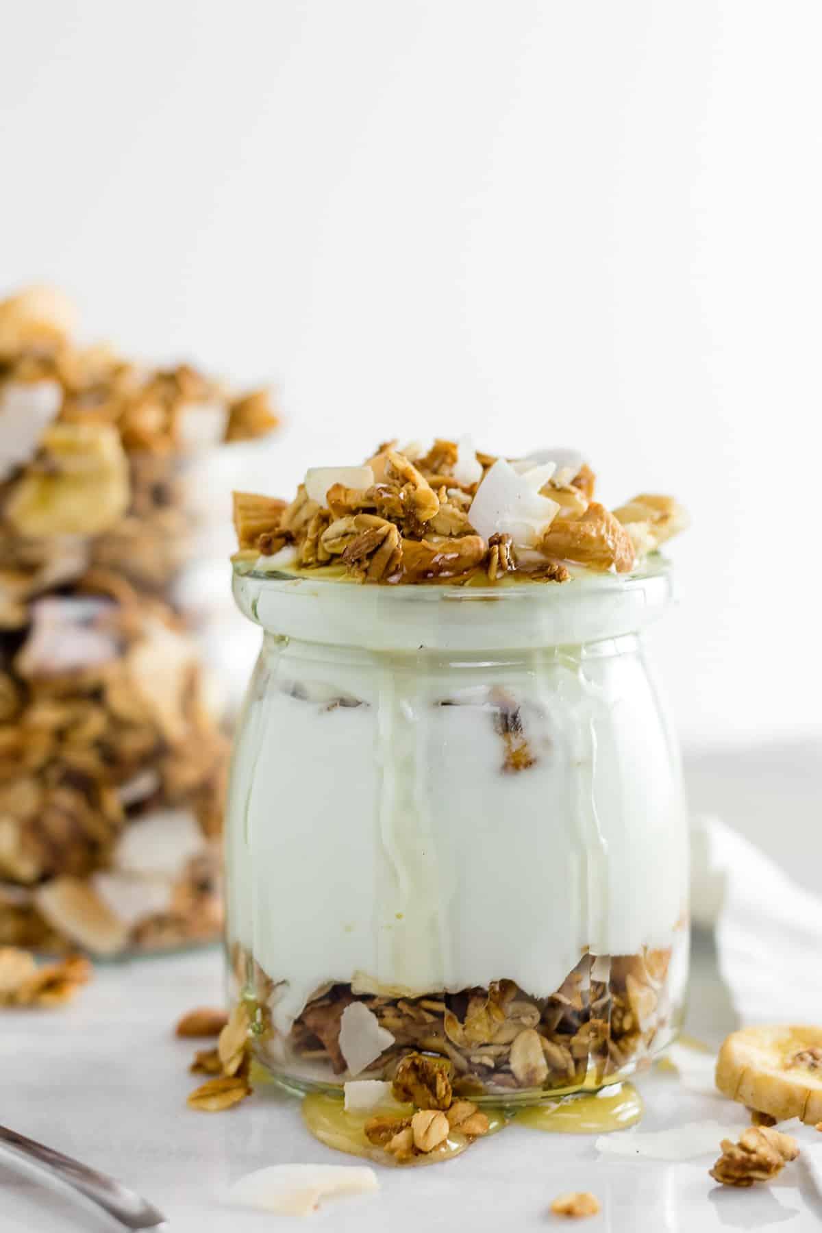 Healthy Banana Coconut Cashew Granola (gluten free + vegan)