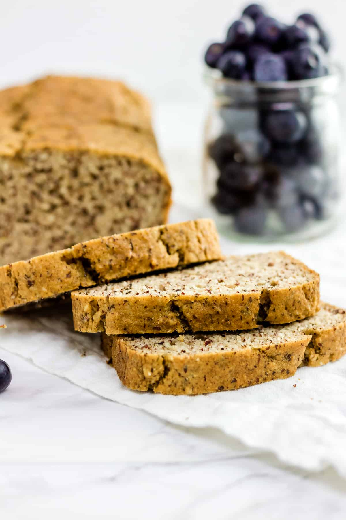 The BEST Paleo Sandwich Bread (gluten free, grain free, yeast free, low carb)