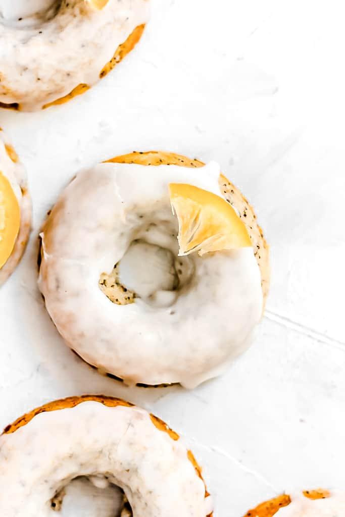 Healthy Baked Lemon Poppyseed Doughnuts