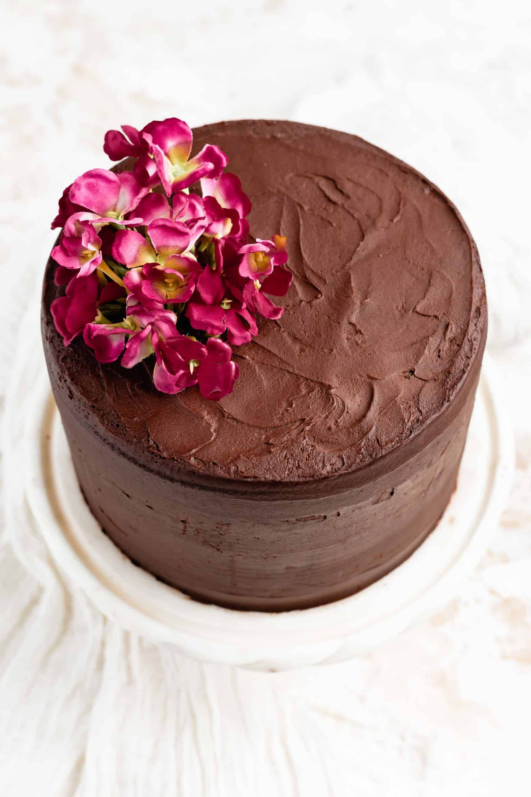chocolate cake with chocolate cream cheese frosting