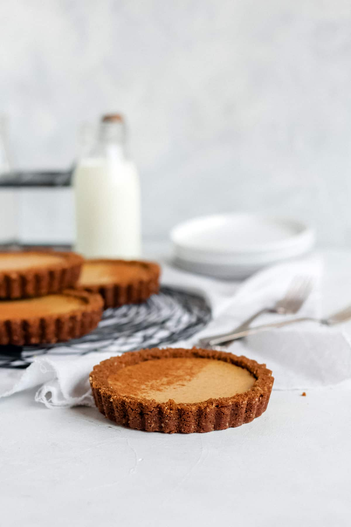 Pumpkin Chai Cheesecake Tarts