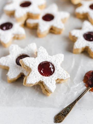 Strawberry Almond Linzer Cookies