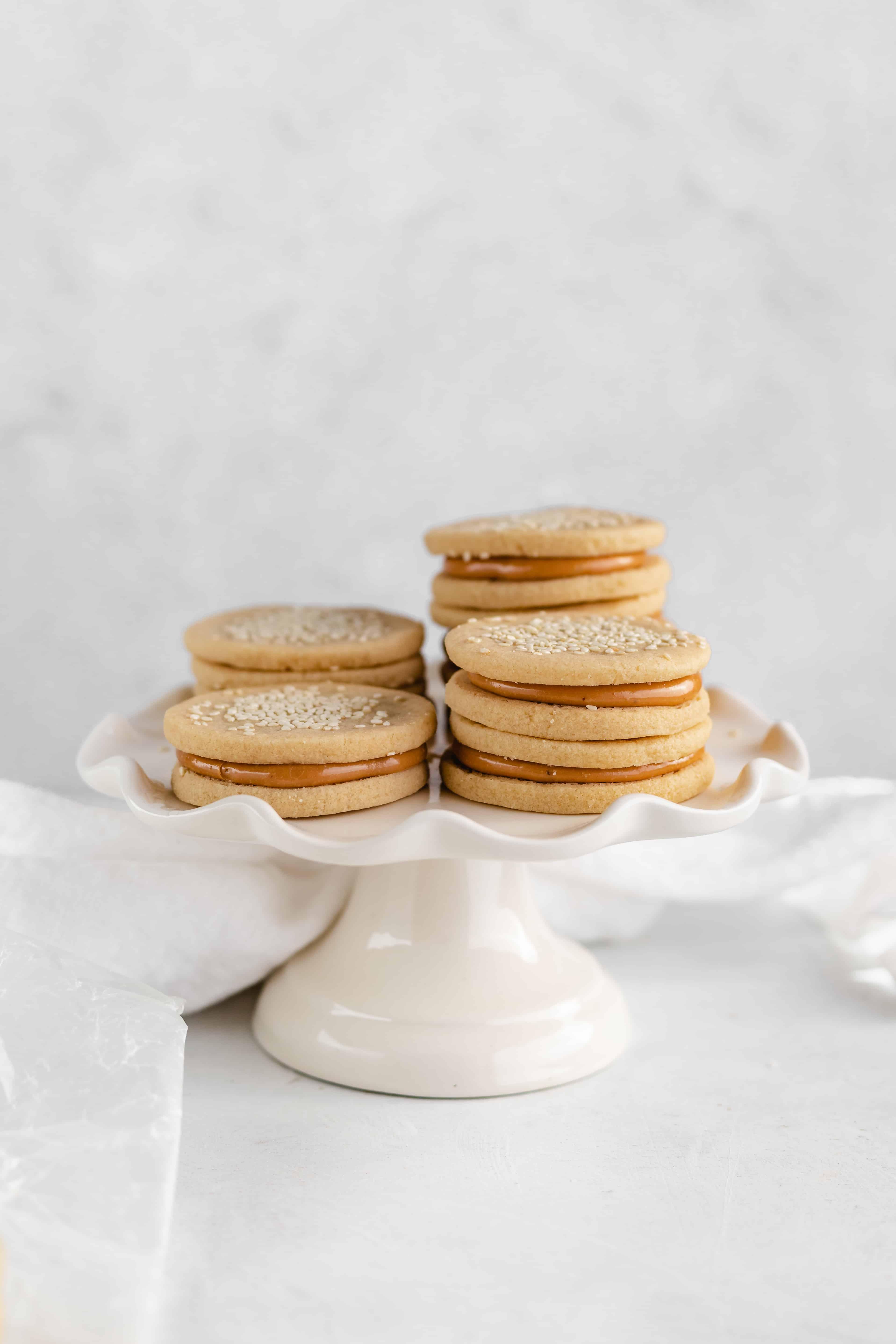 Sandwich Cookies with Dulce de Leche