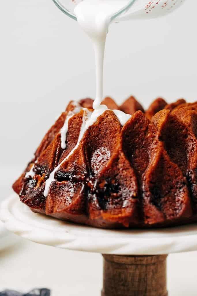 pumpkin streusel bundt cake with glaze