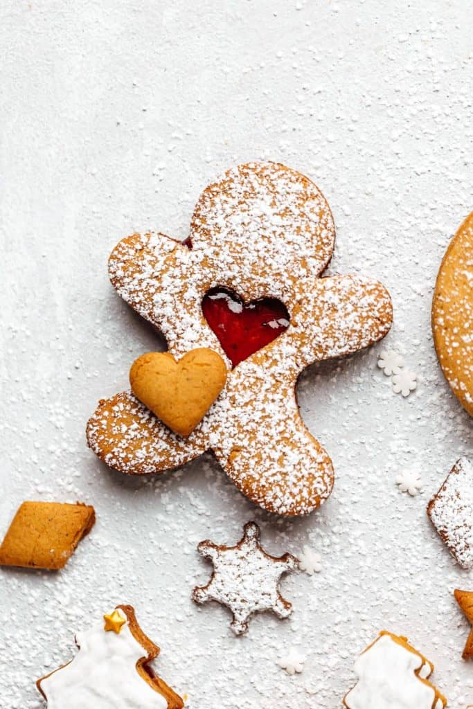 gingerbread man linzer cookie