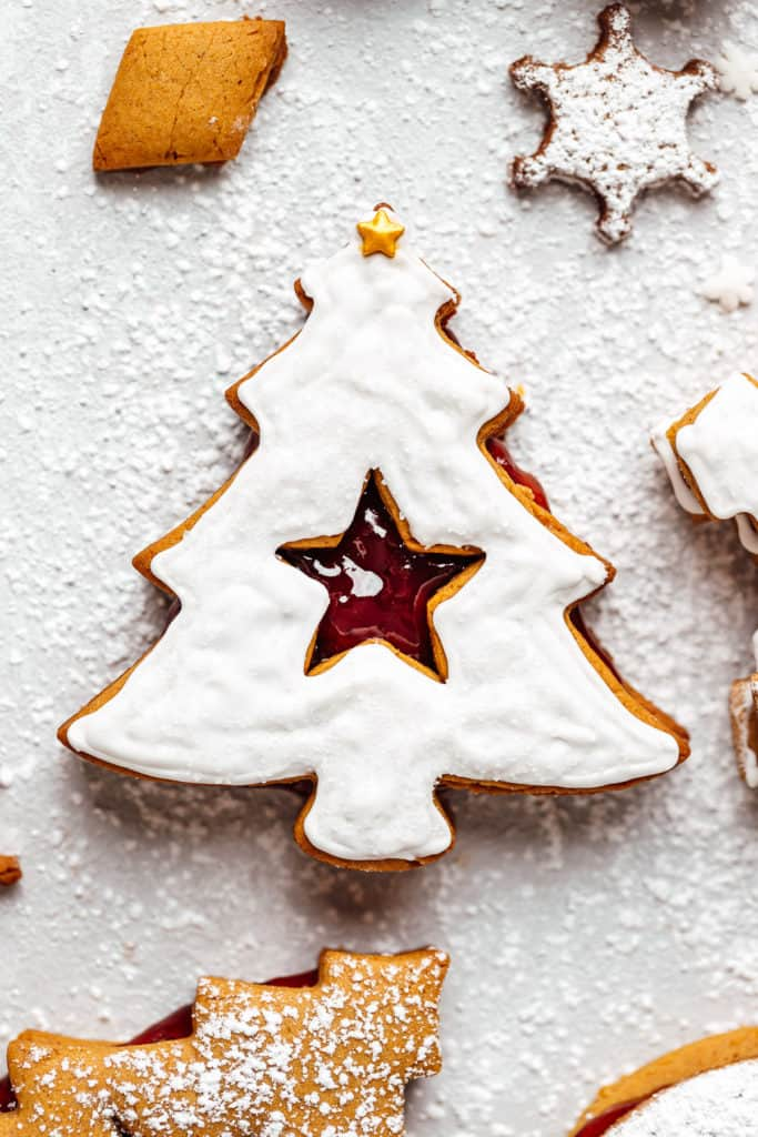 christmas tree linzer cookie